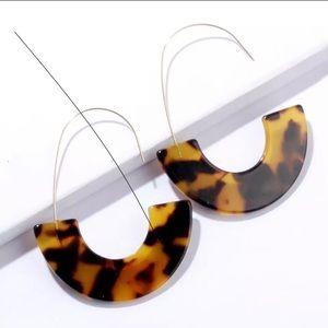 Acrylic Tortoise crescent hoop earring